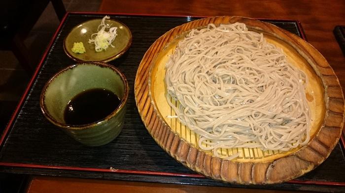 上野藪蕎麦 鵜飼良平氏仕込みの確かなそば打ち技とセンスが生きています 「つけ蕎麦 佐久ら家」(横浜市)