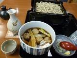 日本橋の名店ですてきな蕎麦屋酒を楽しむ 「藪伊豆総本店」(日本橋)