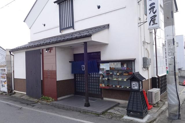 善光寺門前で人気の蕎麦 「そば処 元屋」(長野市)