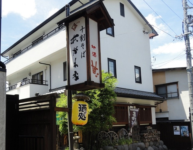 田舎の蕎麦屋で田舎そばを満喫 「十割手打ちそば あがれ家」(須坂市)
