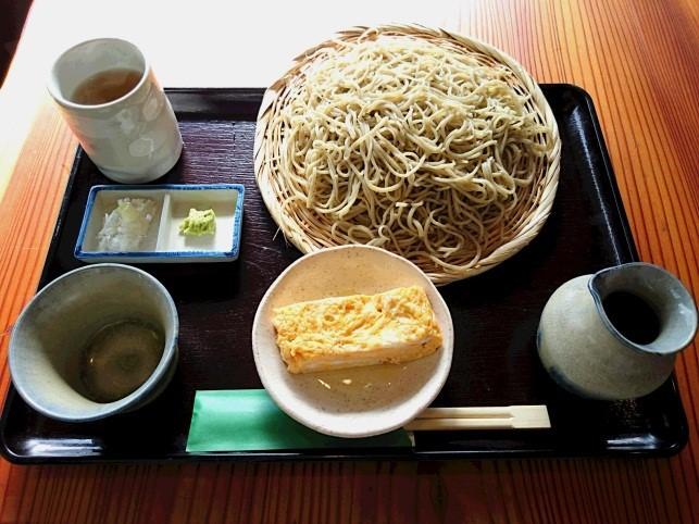 サラリーマン街の十割蕎麦の店「十割蕎麦 道庵」(どうあん)(新橋)