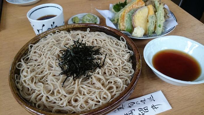 軽井沢の清涼な空気と一緒にいただく洗練された信州そば 「丸留井」(軽井沢町)