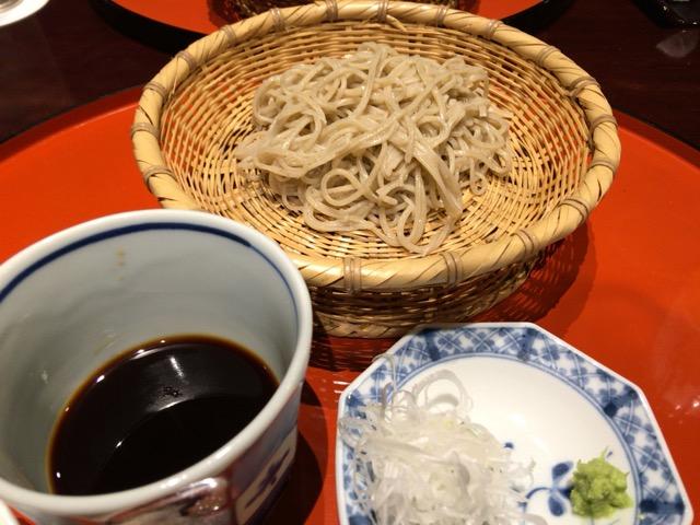 完璧なコースの中で輝く蕎麦の饗宴 「蕎麦割烹 福一」(大阪市)