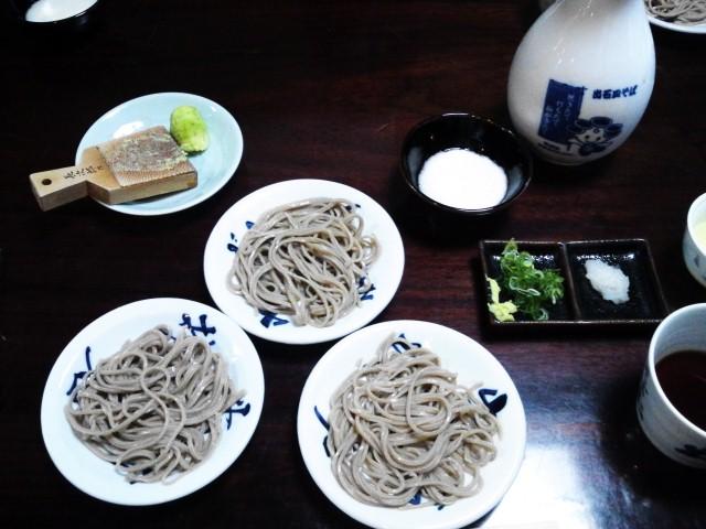 皿そば・・・ 「そば庄 鉄砲店」 (豊岡市)